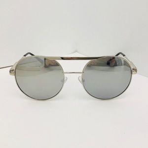 ❤️BOGO❤️New Silver Mirrored Oversized Round